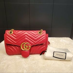 Gucci marmont medium red leather bag